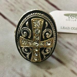 Stretch Cross Fashion Ring